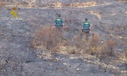 Guardia civil en un incendio
