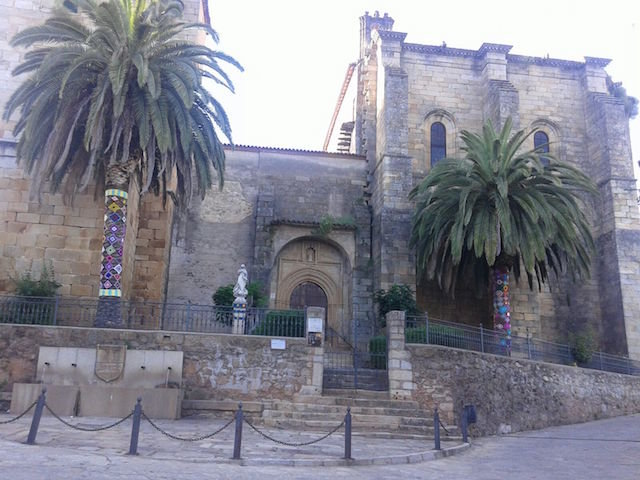 Urban Knitting en Torre de Don Miguel